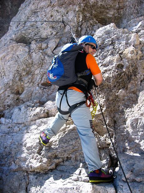 Foto: Andreas Koller / Klettersteig Tour / Via ferrata Averau neu (2649m) / Einstiegsquerung (B) / 15.06.2009 23:57:03