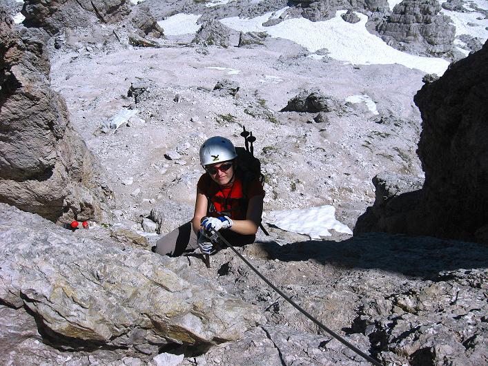 Foto: Andreas Koller / Klettersteig Tour / Via ferrata Averau neu (2649m) / Ausstieg aus der Schlüsselstelle (kurz C/D) / 15.06.2009 23:56:27