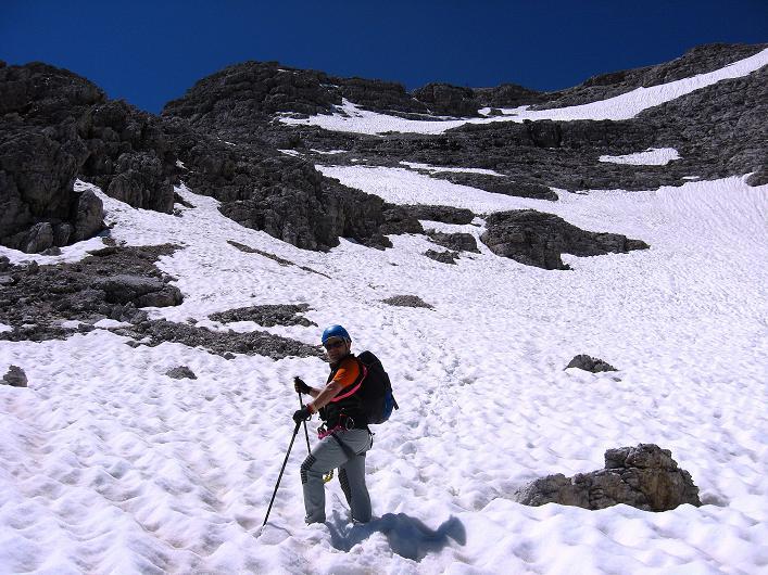Foto: Andreas Koller / Klettersteig Tour / Via ferrata Averau neu (2649m) / Aus einem Becken auf den Averau / 15.06.2009 23:54:58