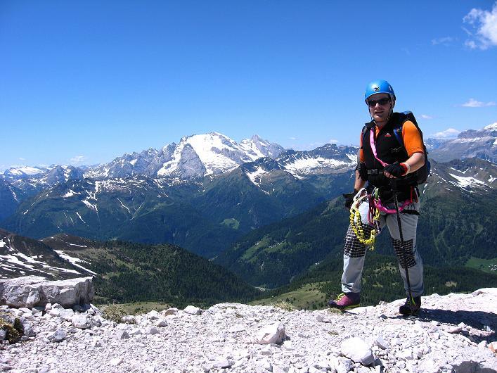 Foto: Andreas Koller / Klettersteig Tour / Via ferrata Averau neu (2649m) / Die letzten Meter am Grat / 15.06.2009 23:52:39