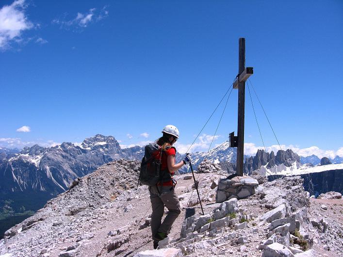 Foto: Andreas Koller / Klettersteig Tour / Via ferrata Averau neu (2649m) / Am Averau / 15.06.2009 23:52:23