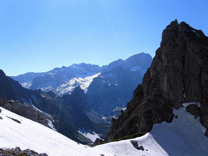 Foto: Andreas Koller / Wander Tour / Normalroute auf die Große Bischofsmütze (2459 m)  / Dachsteinblick / 16.06.2009 23:35:39