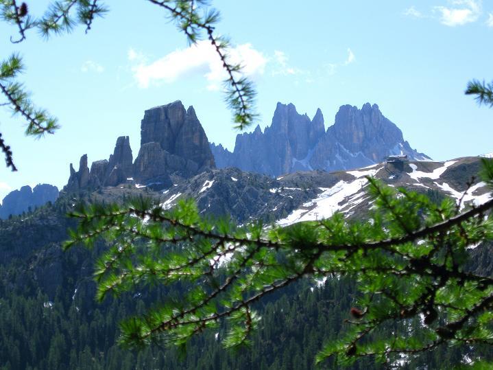 Foto: Andreas Koller / Klettersteig Tour / Via ferrata Col dei Bos / Via ferrata della Piramide (2559m) / Cinque Torri und Averau / 19.06.2009 23:41:45