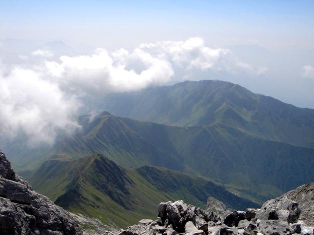 Foto: Manfred Karl / Klettersteig Tour / Hohe Warte – Weg der 26er - Überschreitung aus dem Wolayer Tal  / Ausblick nach Süden vom Gipfel / 17.07.2009 17:34:05