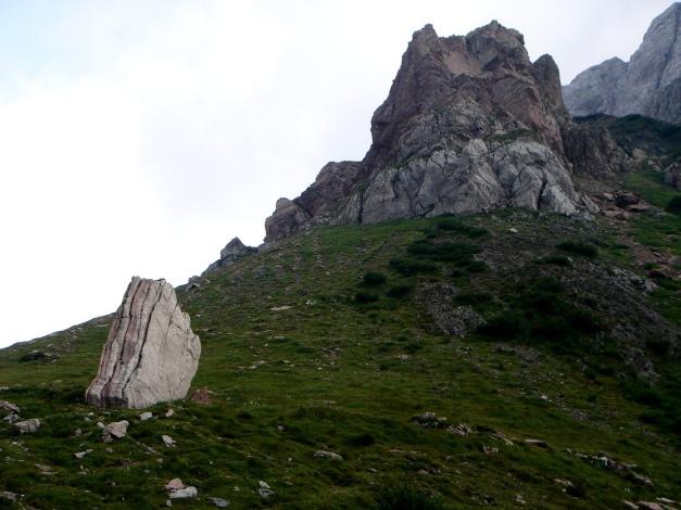 Foto: Manfred Karl / Klettersteig Tour / Hohe Warte – Weg der 26er - Überschreitung aus dem Wolayer Tal  / Das Klavier / 17.07.2009 17:38:30