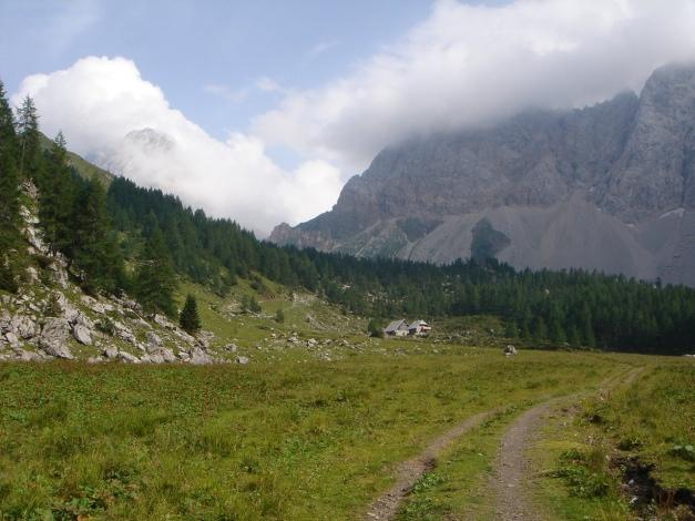 Foto: Manfred Karl / Klettersteig Tour / Hohe Warte – Weg der 26er - Überschreitung aus dem Wolayer Tal  / 17.07.2009 17:39:28