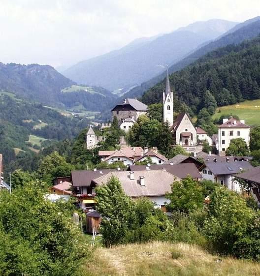 Foto: Bernhard Berger / Rad Tour / Mit dem Rennrad von Bozen über die Seiser Alm nach Brixen / Gufidaun (720m) / 19.06.2009 16:02:39
