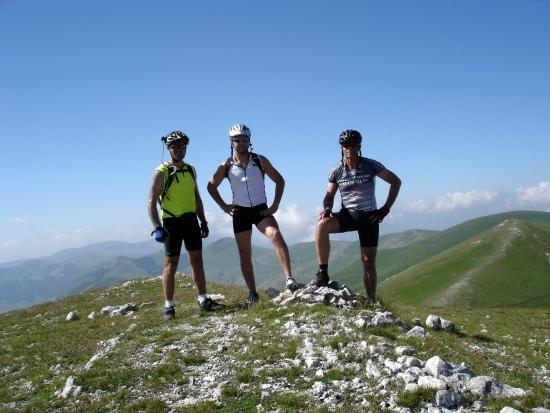 Foto: barbonis / Mountainbike Tour / Sopra i Piani di Castelluccio di Norcia (PG) / 19.06.2009 22:46:43