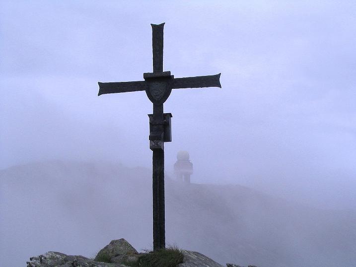 Foto: Andreas Koller / Wander Tour / Lavanttaler Impressionen auf der Koralpe (2140m) / Nur kurz zeigt sich der Große Speikkogel vom Seespitz / 01.07.2009 01:18:14