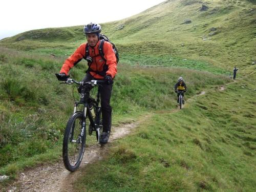 Foto: hofsab / Mountainbike Tour / Rund um den Olperer über Tuxer Joch (2338 m) - 3 Tagestour / es beginnt der anspruchvolle Singletrail / 26.08.2009 20:06:36