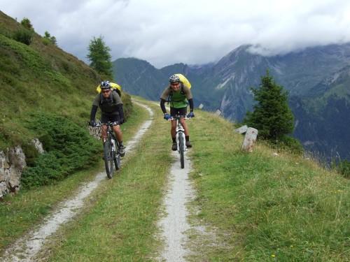 Foto: hofsab / Mountainbike Tour / Rund um den Olperer über Tuxer Joch (2338 m) - 3 Tagestour / einfach traumhaft / 26.08.2009 20:16:08