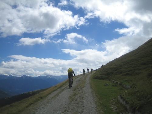 Foto: hofsab / Mountainbike Tour / Rund um den Olperer über Tuxer Joch (2338 m) - 3 Tagestour / Auffahrt zum Sandjöchl / 26.08.2009 20:24:39