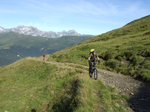 Foto: hofsab / Mountainbike Tour / Rund um den Olperer über Tuxer Joch (2338 m) - 3 Tagestour / großteils schieben, teils schwere Fahrpassagen bis zum Schlüsseljoch / 26.08.2009 20:28:53
