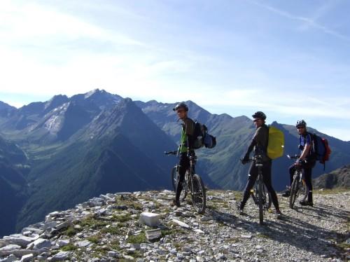 Foto: hofsab / Mountainbike Tour / Rund um den Olperer über Tuxer Joch (2338 m) - 3 Tagestour / Blick zur Wilden Kreuzspitze (3132 m) / 26.08.2009 20:33:48