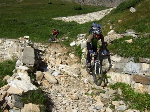 Foto: hofsab / Mountainbike Tour / Rund um den Olperer über Tuxer Joch (2338 m) - 3 Tagestour / zwar schwierig, aber durchgängig fahrbar / 26.08.2009 20:34:59