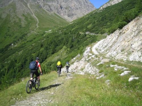 Foto: hofsab / Mountainbike Tour / Rund um den Olperer über Tuxer Joch (2338 m) - 3 Tagestour / 26.08.2009 20:35:11