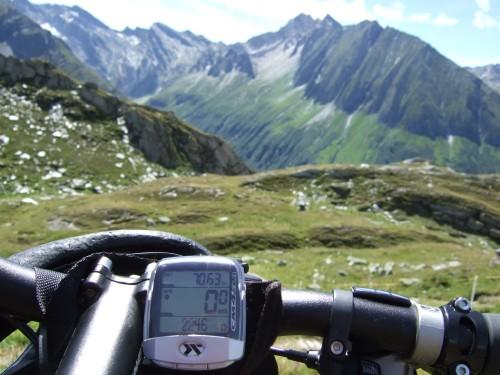 Foto: hofsab / Mountainbike Tour / Rund um den Olperer über Tuxer Joch (2338 m) - 3 Tagestour / auf 2246 m / 26.08.2009 20:39:04