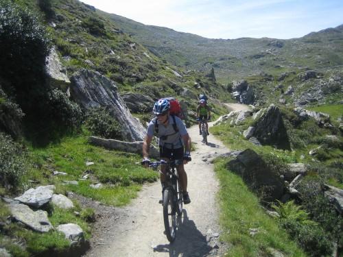 Foto: hofsab / Mountainbike Tour / Rund um den Olperer über Tuxer Joch (2338 m) - 3 Tagestour / vollste Konzentration / 26.08.2009 20:40:59
