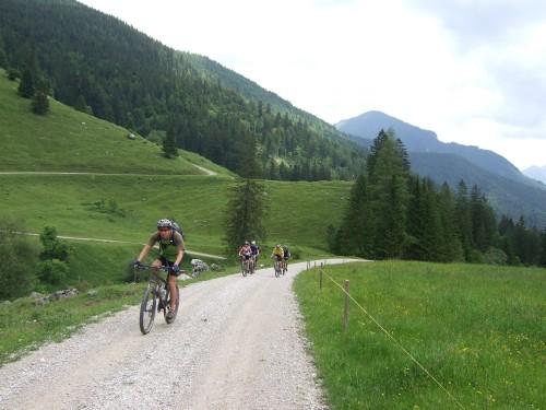Foto: hofsab / Mountainbike Tour / Rund um und auf die Kampenwand (1664 m) / Weiterfahrt zur Hinteren Dalsenalm / 13.08.2009 20:51:42