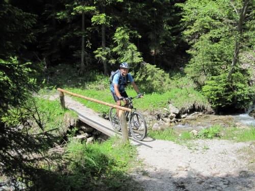 Foto: hofsab / Mountainbike Tour / Raschbergrunde (1390 m) über Blaa-Alm und Ewige Wand / Querung des Sandlingbaches (1010 m) / 13.08.2009 20:12:13