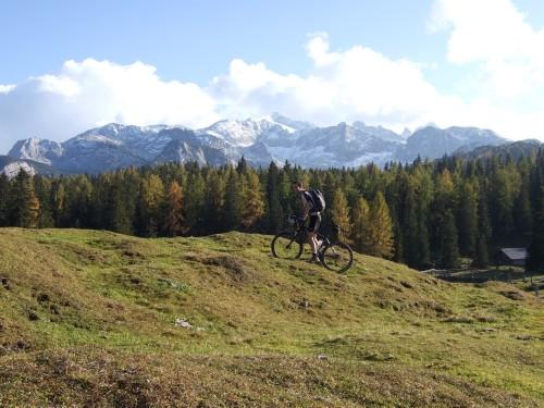 Foto: hofsab / Mountainbike Tour / Rund um den Plassen über Plankensteinalm (1530 m) und Gosauseen / 25.08.2009 12:55:57