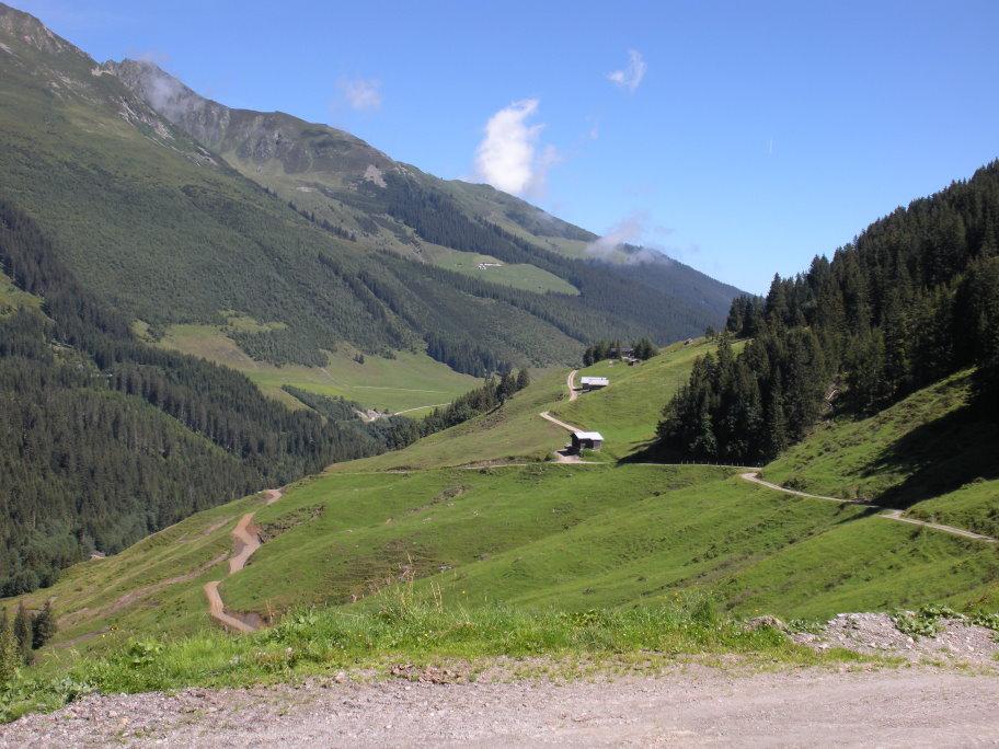 Foto: mark1980 / Mountainbike Tour / Uderns - Kupfnerberg - Hochfügen / Aussicht zurück / 02.07.2009 16:26:26