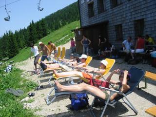 Foto: Ötschertrekker / Wander Tour / ÖTSCHERBÄRENTRAIL - 5 Tage Naturpark Ötscher Pur / Entspannen beim Ötscherschutzhaus / 02.07.2009 18:42:17