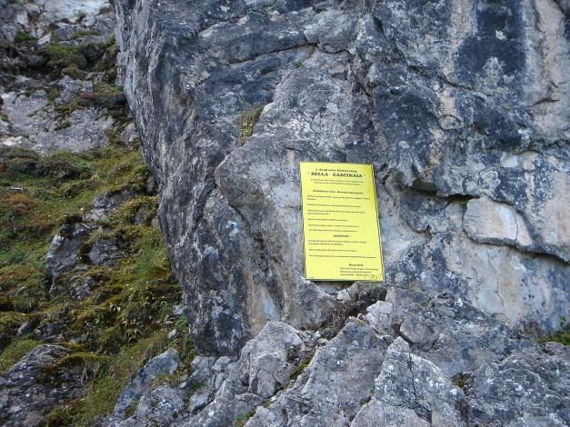 Foto: Manfred Karl / Klettersteig Tour / Saukarkopf Bella Cascinaia – erster Großarler Klettersteig / Der Einstieg ist dank der Tafel unübersehbar / 17.07.2009 22:42:51