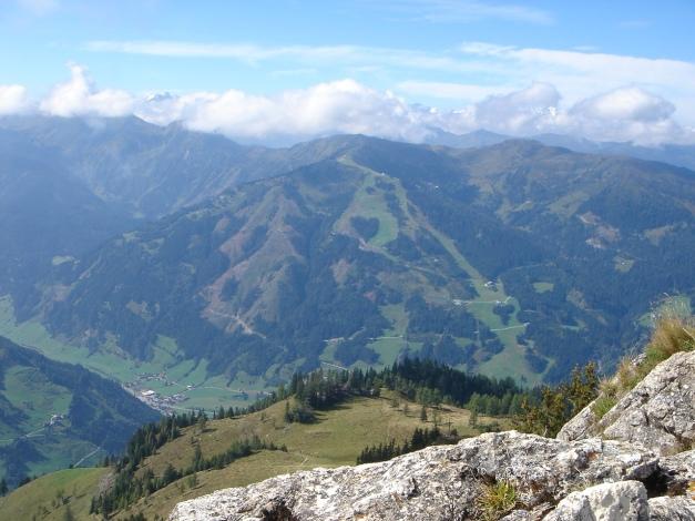 Foto: Manfred Karl / Klettersteig Tour / Saukarkopf Bella Cascinaia – erster Großarler Klettersteig / Am Saukarkopf lässt es sich gut verweilen und schauen / 17.07.2009 22:38:29