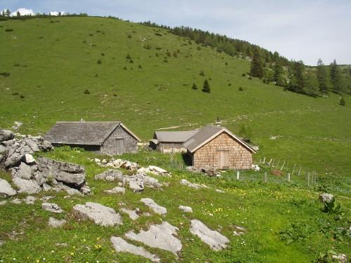 Foto: hofsab / Mountainbike Tour / Leonsbergalm (1410 m) über Schwarzensee / die Leonsabergalm auf 1380 m / 25.08.2009 12:39:50