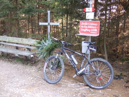 Foto: hofsab / Mountainbike Tour / Hausruckrunde über Göblberg (801 m) / 25.08.2009 12:30:51