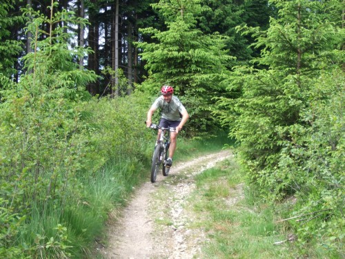 Foto: hofsab / Mountainbike Tour / Hausruckrunde über Göblberg (801 m) / 25.08.2009 12:31:16