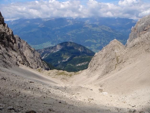Foto: Manfred Karl / Klettersteig Tour / Simonskopf Südgrat Klettersteig / Blick über das Kerschbaumer Ödkar / 18.07.2009 14:55:34