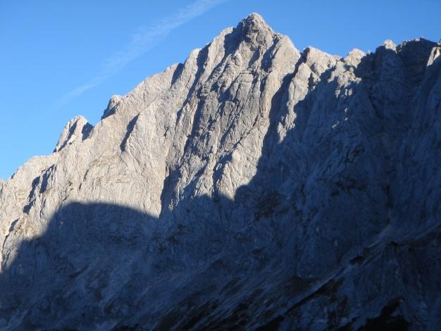 Foto: Manfred Karl / Wander Tour / Wagendrischlhorn Klettersteig / Gr. Häuselhorn Südwand mit unzähligen schönen Kletterrouten / 31.08.2009 17:32:34