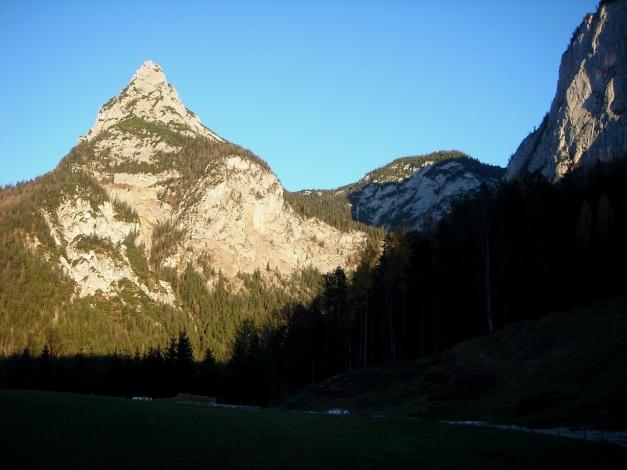 Foto: Manfred Karl / Wander Tour / Wagendrischlhorn Klettersteig / Einer der Drei Brüder / 31.08.2009 17:07:56