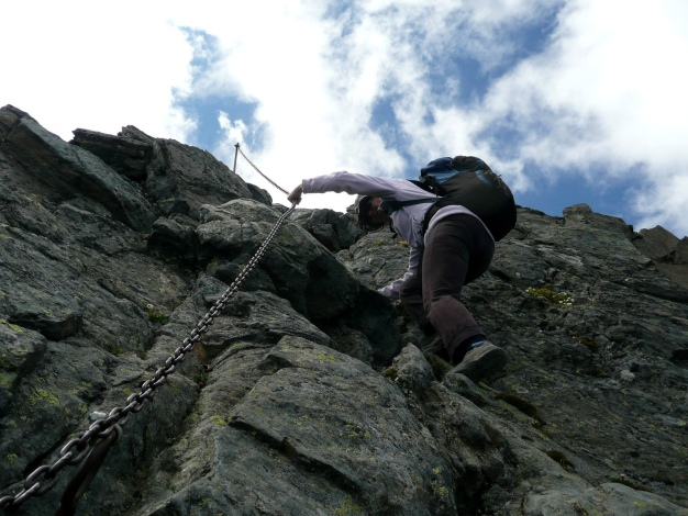 Foto: Manfred Karl / Wander Tour / Roteck – höchster Gipfel der Texelgruppe / Steilstufe am Grat / 31.08.2009 15:29:25