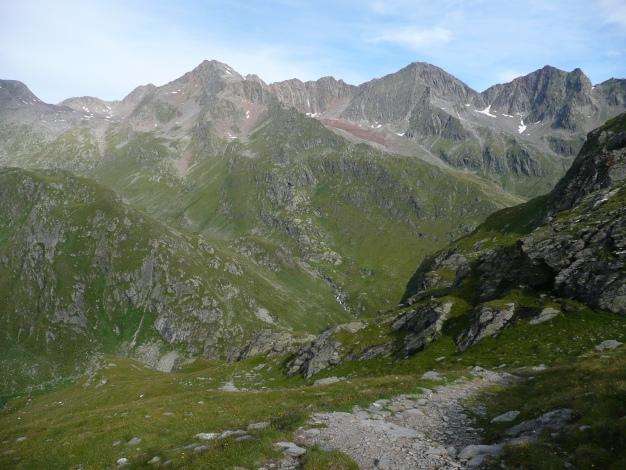 Foto: Manfred Karl / Wander Tour / Tschigat - markanter Gipfel über Meran / 31.08.2009 15:20:05