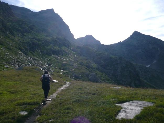 Foto: Manfred Karl / Wander Tour / Tschigat - markanter Gipfel über Meran / Am Weg ins Halsljoch / 31.08.2009 15:19:53