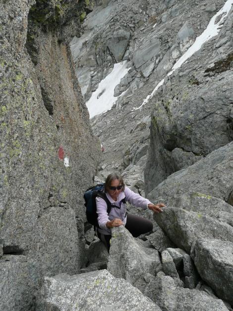 Foto: Manfred Karl / Wander Tour / Tschigat - markanter Gipfel über Meran / Rückweg in das kleine Schartl / 31.08.2009 15:11:17
