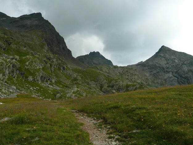 Foto: Manfred Karl / Wander Tour / Tschigat - markanter Gipfel über Meran / Ein Gewitter jagt uns ins Tal! / 31.08.2009 15:05:40