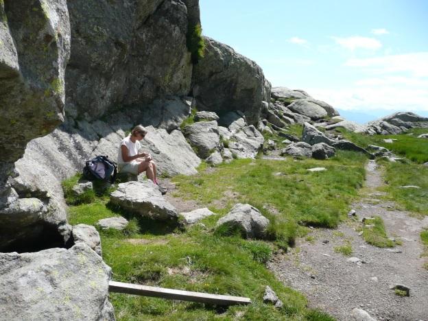Foto: Manfred Karl / Wander Tour / Vom Gampenjoch auf die Laugenspitze / Rast beim Laugensee / 31.08.2009 18:53:06