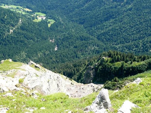 Foto: Manfred Karl / Wander Tour / Vom Gampenjoch auf die Laugenspitze / Tiefblick von der Kl. Laugen / 31.08.2009 18:52:27