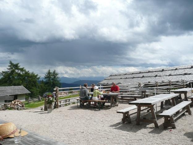 Foto: Manfred Karl / Wander Tour / Vom Gampenjoch auf die Laugenspitze / Laugenalm / 31.08.2009 18:46:41