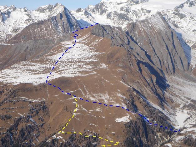 Foto: Manfred Karl / Wander Tour / Figerhorn - Aussichtstribüne mit Glocknerblick / Blau: Aufstieg vom Lucknerhaus; gelb: Variante über den Fahrweg / 31.08.2009 16:47:32