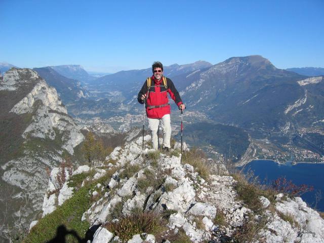 Foto: pepi4813 / Wander Tour / Gratwanderung über dem Gardasee bei Pregasina / Am Grat zur Cima Bal / 10.07.2009 10:20:32