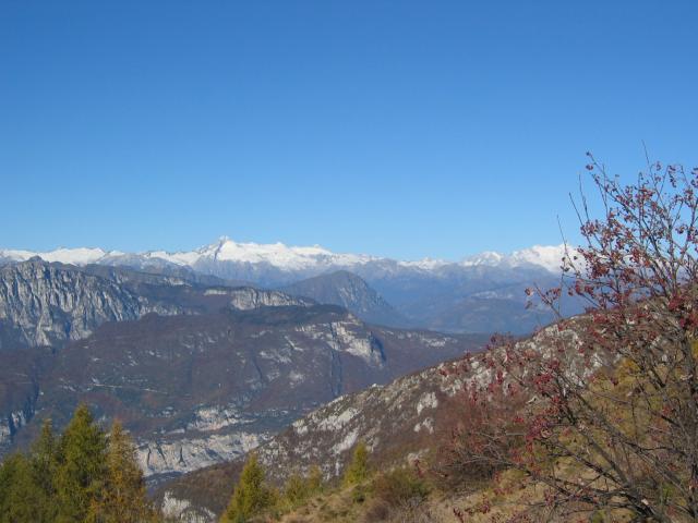 Foto: pepi4813 / Wander Tour / Panoramaplatz über Arco / Aufstieg zum Monte Stivo / 10.07.2009 20:40:17