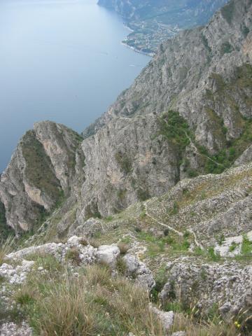 Foto: pepi4813 / Wander Tour / Rundweg über Limone / Aufstiegsweg von Reamol / 10.07.2009 20:23:38