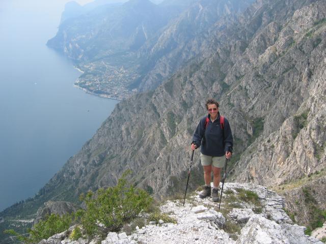 Foto: pepi4813 / Wander Tour / Rundweg über Limone / Steiler Anstieg zur Punta Larici / 10.07.2009 20:24:34