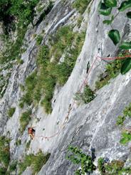 Foto: Kurt Schall / Kletter Tour / Land des Lächelns  / 11.07.2009 12:58:07