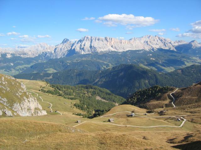 Foto: pepi4813 / Wander Tour / Günther-Messner-Steig / Blick von der Peitlerscharte zu den Geislerspitzen / 11.07.2009 23:10:21